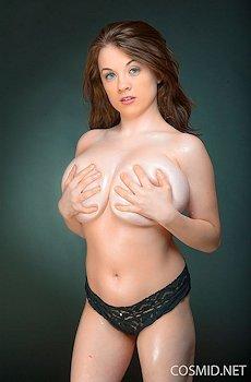 Emily Born Big Tits