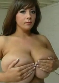 stefany big tits naked